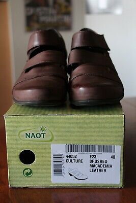 NAOT Ladies genuine leather shoes size 40 (9)