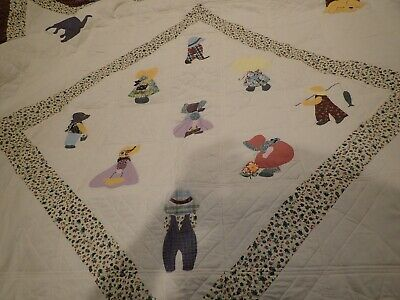 """Very pretty hand made quilt for childs room 7'2"""" x 7"""""""
