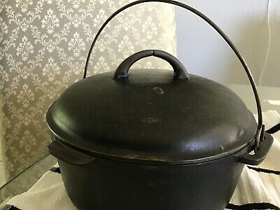 Vintage Cast Iron DUTCH OVEN #8 w/ Self Basting Lid Bail Handle and trivet
