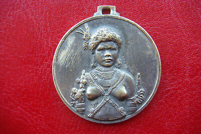 EXTREMELY RARE Papua New Guinea MAP AND HULI WOMAN TRIBE BRONZE OLD MEDAL