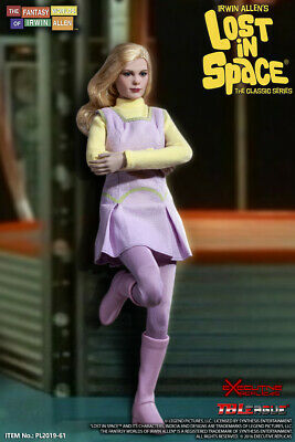Lost in Space – Judy Robinson with 3rd season outfit 1/6 action Figure