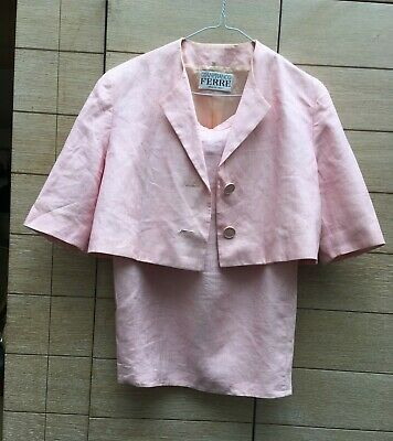 Fantastic pink Gianfranco Ferre 80's size 10/12 ladies skirt suit