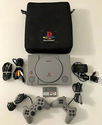 Sony PlayStation 1 PS1 System Console (SCPH-7501) 2 Controllers Carrying Bag