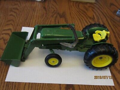 """Ertl """"John Deere Toy Tractor"""" w/ Loader Very Good Used Condition"""