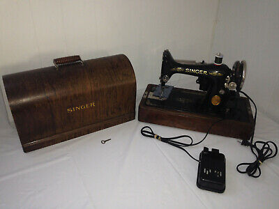 SINGER Model BR 7 - 1927 Sewing Machine w/ Pedal, Brentwood Case & Key AB913910