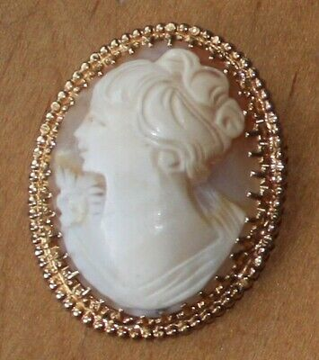 Large Antique/Vintage 14K Solid Yellow Gold Shell Carved Cameo Brooch/ Pendent