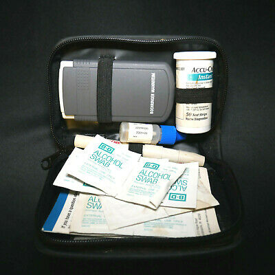 EXPIRED Boehringer Mannheim Accu-Check Instant 914 Kit w Soft Touch & More