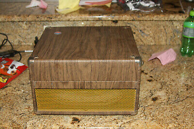 Vintage Newcomb EDT-12 CP Portable Record Player IN VERY GOOD CONDITION