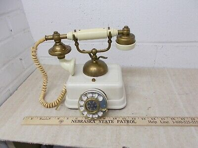 Vintage 1969 US  Heavy French Style Telephone. Model US-4 ILLINOIS BELL