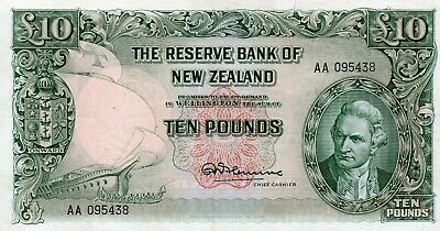 NEW ZEALAND 10 POUNDS AA PREFIX FLEMING AA 095438 aUNCIRCULATED SMALL CUT ON TOP