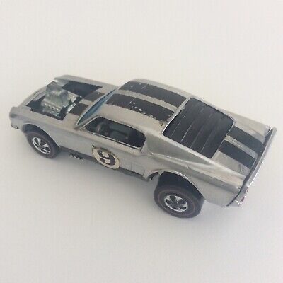 Hot Wheels Redline HTF Error Mustang Boss Hoss Light Grey Interior No. 9 HK 1969