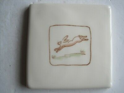 VINTAGE WINCHESTER 105 mm ON THE FARM TILE - HARRY HARE