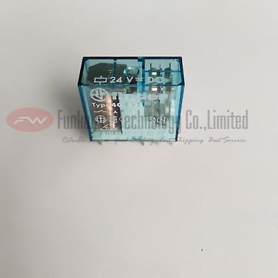 NEW FINDER RELAY 40.52 8A AMP w/95.05 24Vac 99.02.0.024.98 Professionele uitruisting