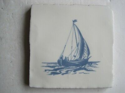 VINTAGE WINCHESTER 130 mm BLUE ON WHITE NAUTICAL TILE - SMALL BOAT