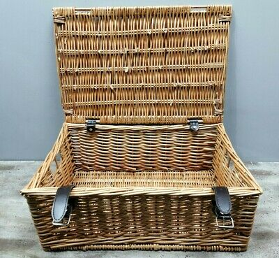 "WICKER HAMPER PICNIC BASKET 18"" x 7.5"" x 12.5"" Leather Strap Camping No Contents"