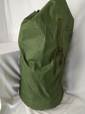 US Military Issue OD Waterproof Large Clothing Bag - GREEN, Used Surplus