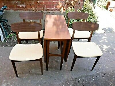 Vintage/ Retro Formica Drop Leaf Table and Four Chairs (226P)