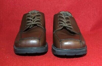 Kenneth Cole Reaction Boys Size 1 M Brown Leather Dress Square Oxford Shoes