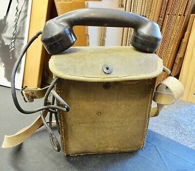 WW2 US Army Signal Corps Telephone Radio Receiver / Transmitter Strap Hand Wind