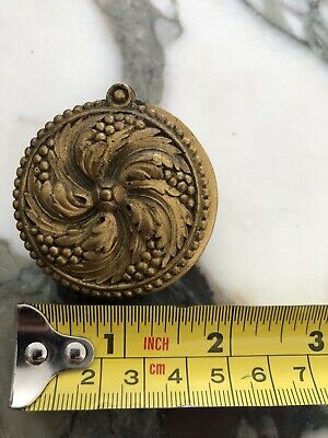 Antique PE Guerin door peephole Louis XVI Laurel? Cover Gold