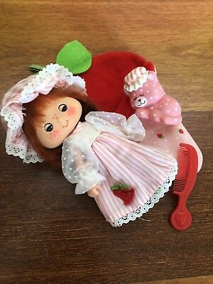 Vintage Strawberry Shortcake Sweet Sleeper With Custard And Sleeping Bag