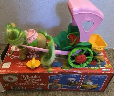 Rare Strawberry Shortcake Vintage Oatsmobile And Maple Stirrup with Box