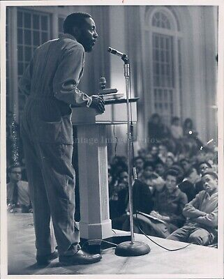 1969 Photo Dick Gregory Comedian Gold Corduroy Social Critic Writer 8X10
