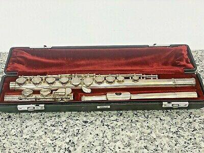 YAMAHA Flute YFL-311 silver in very good condition with original hard case