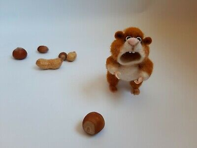 Needle felted beige hamster, artist wool miniature, Handmade gift 3 in.
