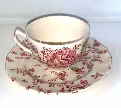 JOHNSON BROS Rose Chintz Pink CUP AND SAUCER Made in England, excellent cond