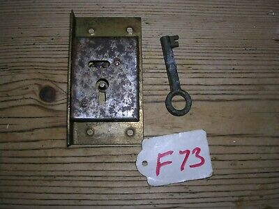 Antique Brass Cabinet Lock With Key (F73)