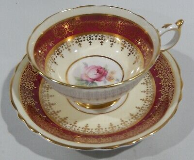 PARAGON PINK ROSE on MAROON CUP & SAUCER Extensive Gold Filigree c1938-1952 MINT