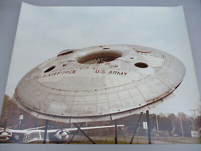 Flying Saucer Vintage Poster US Army Air Force USAF UFO Avrocar AVRO 1960s