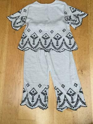 ZARA Girl Cotton Summer Set  - Top & Cropped Trousers  Size 9 - 10 Yrs