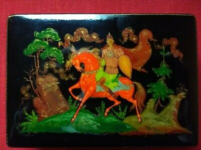Vintage Russian Art Papier Mache Stamp Jewellery Trinket Lacquer Box Palekh 6""