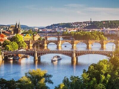 Hotel Room Prague for 2 guests - Double bed with bathroom and nice view