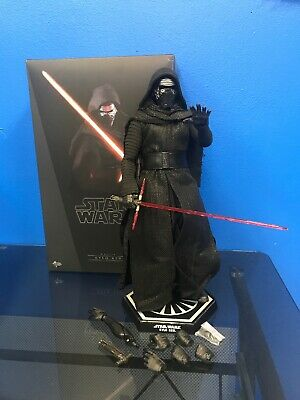 """Sideshow Hot Toys Star Wars Kylo Ren MMS 320 Figure 1:6 Scale 13"""""""