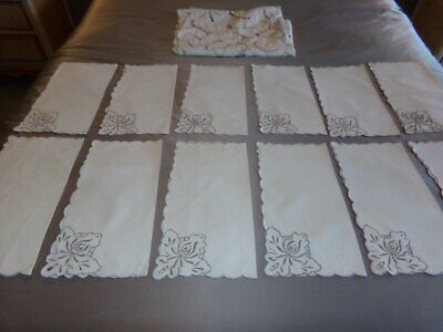 VINTAGE Hand Embroidered CUTWORK Linen MADEIRA TABLECLOTH & NAPKINS 13 Pc Set