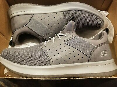 NEW SKECHERS CLASSIC Fit Air Cooled Memory Foam Shoes NWT Gray Men's Size 9