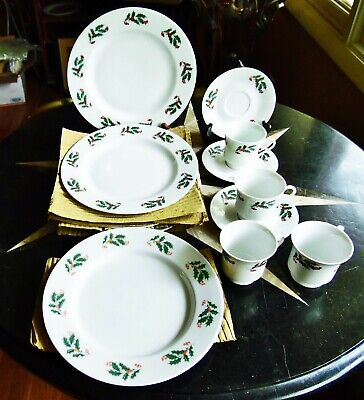 12 New Alco Christmas Holly Berries Porcelain 5 Dinner Plates 3 Saucers 4 Cups