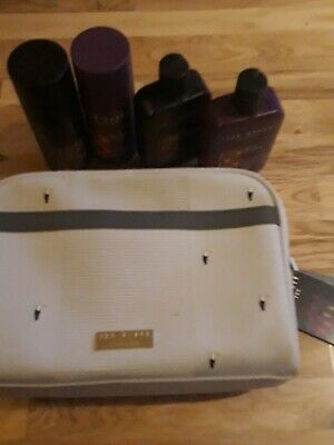 Ted Baker Tropical Travel Toiletry Wash Bag  2 x Body Spray and 2 x Body wash