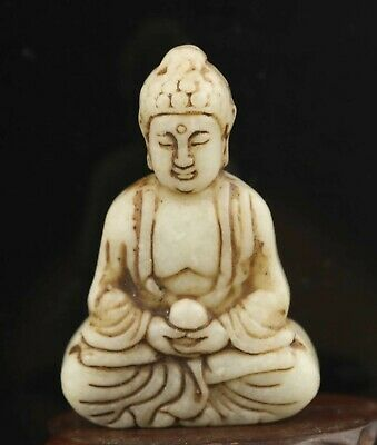 Chinese old natural jade hand-carved jade statue buddha