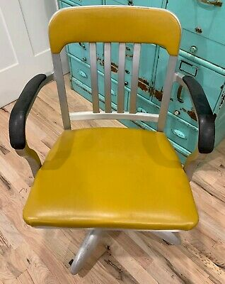Fantastic Vintage Goodform Propeller Base Office Desk Chair Yellow EXCELLENT