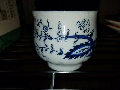 House of Prill Porcelain - blue onion pattern - tea cup
