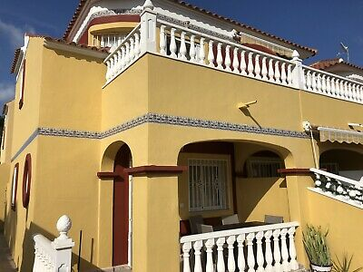 Spanish Holiday Villa Torrevieja Costa Blanca. Sleeps 4 People