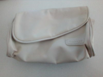 Payot First class amenity kit