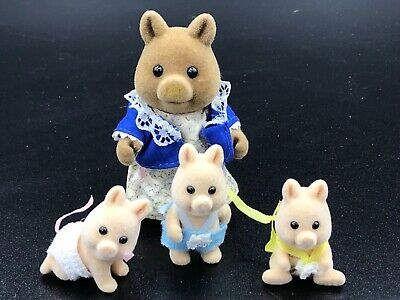 Calico Critters Sylvanian Families Truffle Wild Boar Pig Mom and 3 piglets RARE
