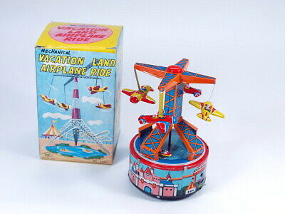altes BLECHSPIELZEUG VACATION LAND AIRPLANE RIDE mit OVP Yone Japan No. 2049