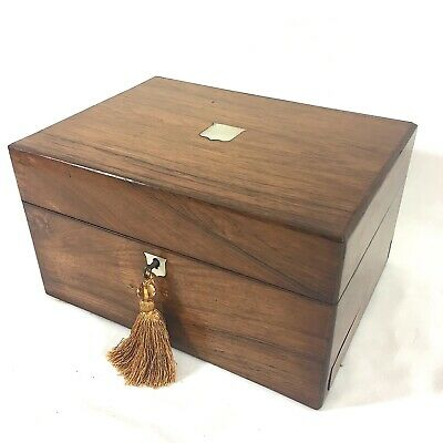 VICTORIAN Ladies Fine Dressing Case Flamed Mahogany Contents MOP C1860 RARE