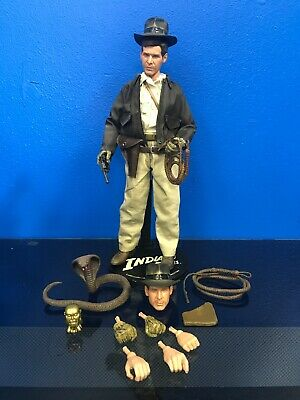 "Sideshow Hot Toys Indiana Jones 12"" Figure 1:6 Scale Raiders of the Lost Ark"